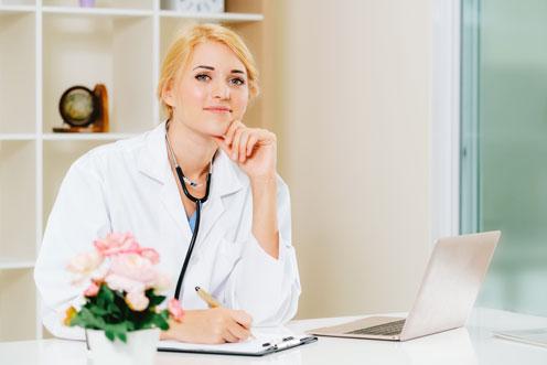 Female skin doctor, an eczema skin specialist in Melbourne